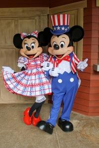 Minnie Mickey BBQ
